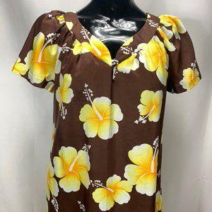Vintage Hilo Hattie MuuMuu Hawaiian Dress 1970s